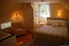 jamesplace-yellowroom_before